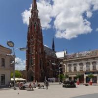 Konkatedra-Swietych-Apostolow-Piotra-i-Pawla-w-Osijeku-