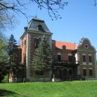 Zamek-w-Parku-Przyrody