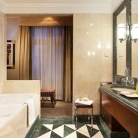 Esplanade-Zagreb-Hotel---Bathroom